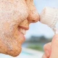 Отшелушивание кожи лица