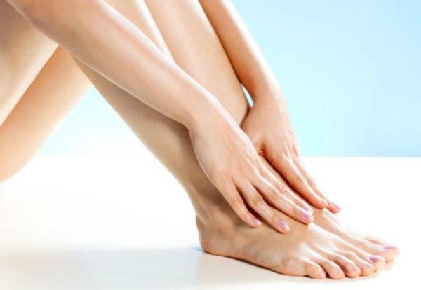 Отеки ног, причины. Способы устранения отечности